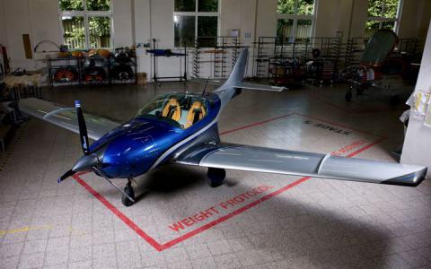 Nowe JMB Aircraft VL3 z silnikiem...