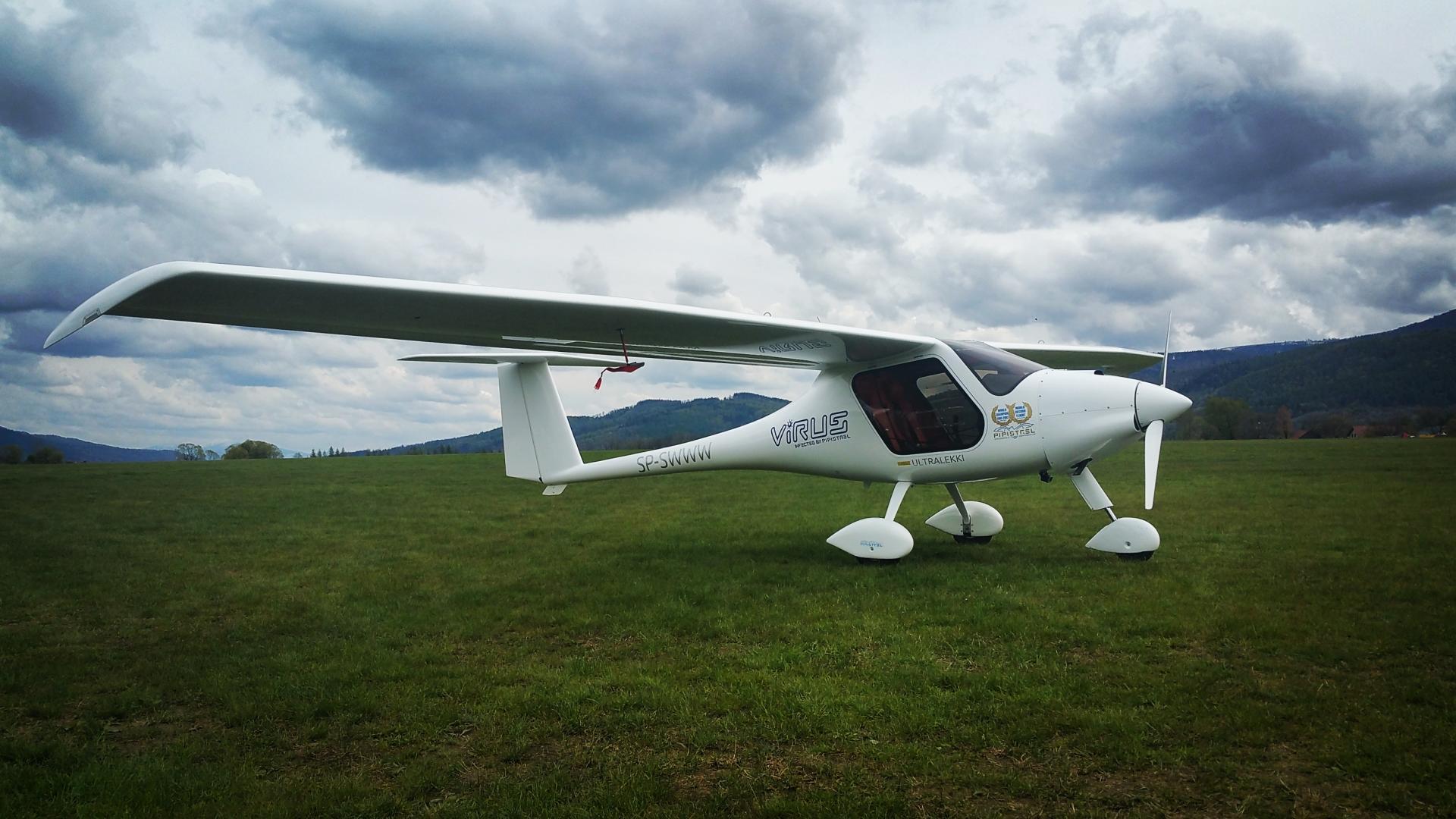 Ultralekki samolot Virus 912