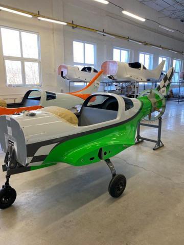 Zobaczcie jak powstaje nowy samolot...