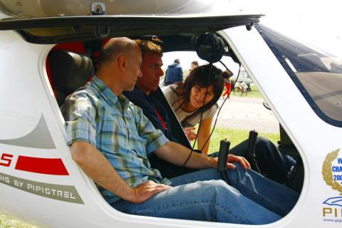 Szkolenie do Świadectwa Kwalifikacji Pilota Samolotu Ultralekkiego (UACP)