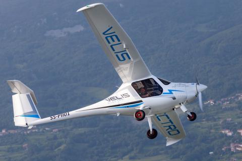 Elektryczny Pipistrel Velis Electro z certyfikatem typu EASA